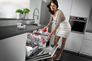 Sự Khác Nhau Giữa Máy Rửa Chén Độc Lập Và Máy Rửa Chén Âm Tủ
