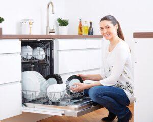 Thiết bị gia dụng Bếp thông minh tiết kiệm thời gian giúp phụ nữ chu toàn hạnh phúc gia đình